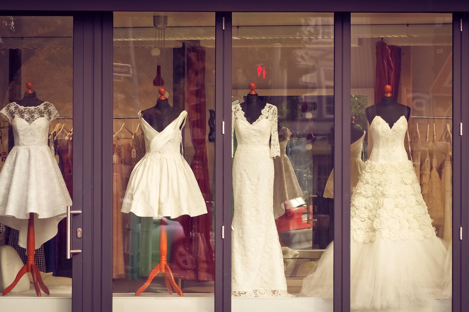 Das Brautkleid finden – WeddyBird Hochzeitsmagazin